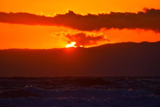 日没を迎えた湘南・鵠沼海岸 #湘南 #藤沢 #海 #波 #wave #surfing #mysky