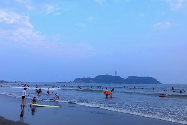 夕暮れの江ノ島 #湘南 #藤沢 #海 #波 #wave #surfing #サーフィン #mysky #sea #beach