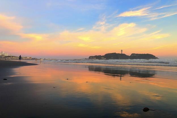 夕闇迫る江ノ島 #湘南 #藤沢 #海 #波 #wave #surfing #sea