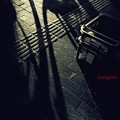 写真: 時は影なり.......