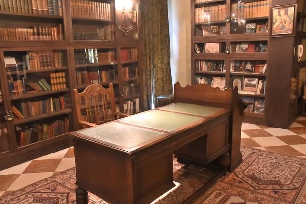 ロックハート城 世界の城ライブラリー&主の部屋