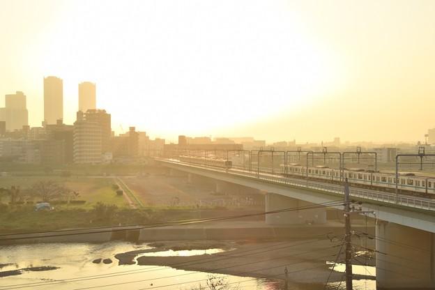多摩川と電車