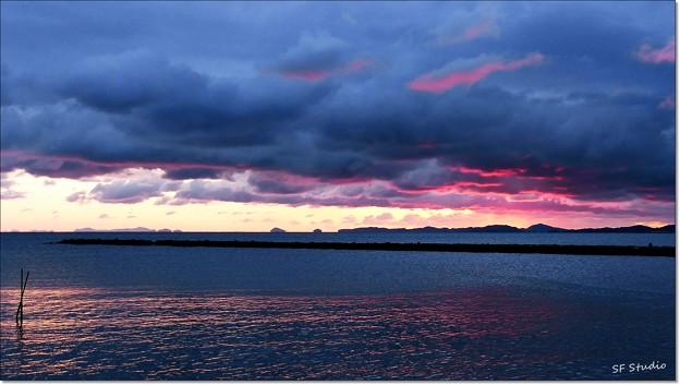 明けの伊良湖水道