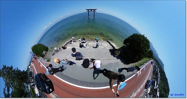 写真: 琵琶湖はデカイ