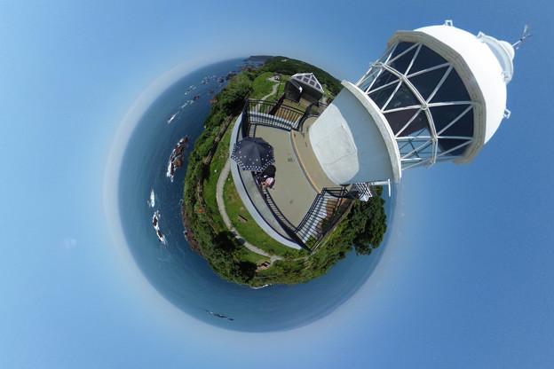 写真: 樫野崎灯台