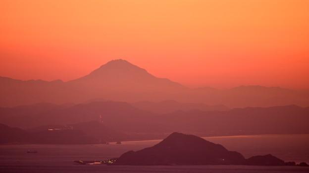 """夜明けの霊峰 """"富士山"""""""