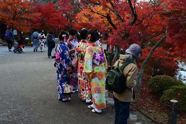着物姿の観光客