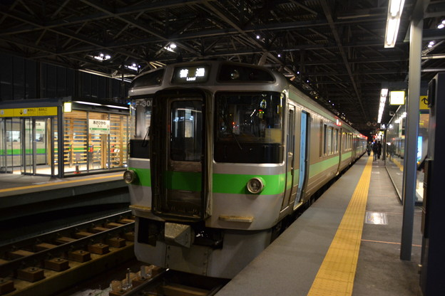 721系 札サウF-30編成 [JR 旭川駅]