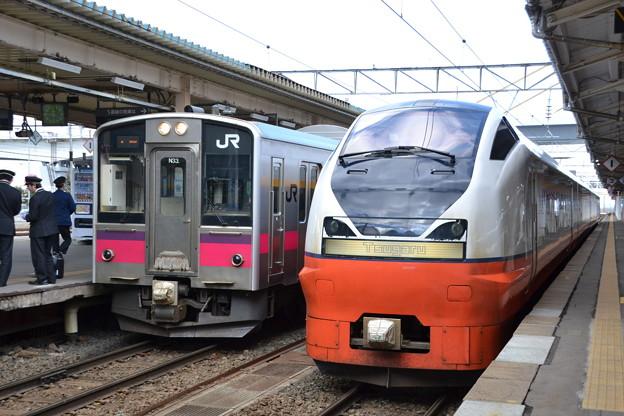 701系 秋アキN33編成 /E751系 秋アキA-101編成 [JR 青森駅]
