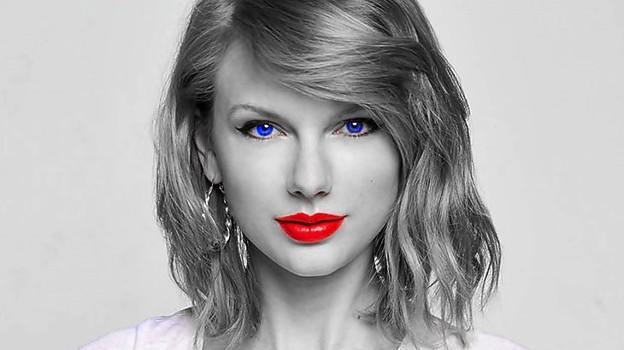 Beautiful Blue Eyes of Taylor Swift(10673)