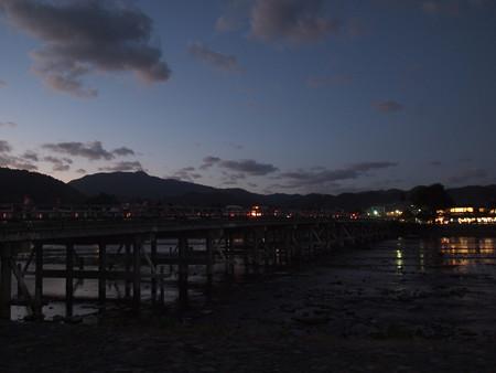 夜の渡月橋03