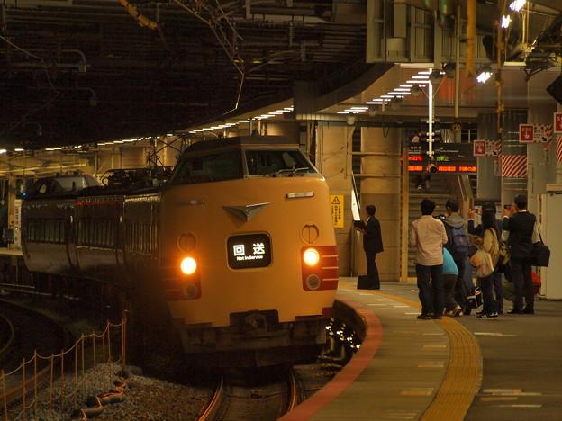 381系特急こうのとり   東海道本線新大阪駅12