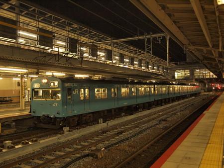 103系普通 奈良線京都駅02