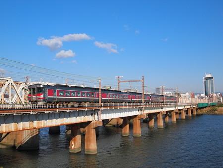 キハ189系特急はまかぜ 東海道本線新大阪~大阪