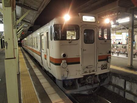 キハ48形普通 紀勢本線松阪駅02