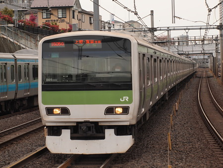 E231系普通  山手線鶯谷駅03