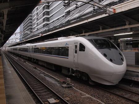 681系特急しらさぎ 東海道本線名古屋駅