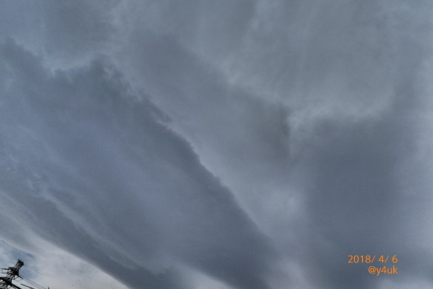 Photos: 11:43強風の1日~春の嵐の曇り空、ふんばる孤独の鉄塔(TZ85: impressive art ver)揺れホコリの家…4日27℃(~_~;)でも行っといてよかった