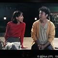 Photos: 気づけば朝まで外で♪心を開いたムロツヨシ&輝く笑顔見つめる戸田恵梨香(o^^o)この2人このカップルはドラマ以上に自然な演技で愛が溢れ出てる最高(*´ω`*)輝くほど好きになる。難病や別れ共感つらい…
