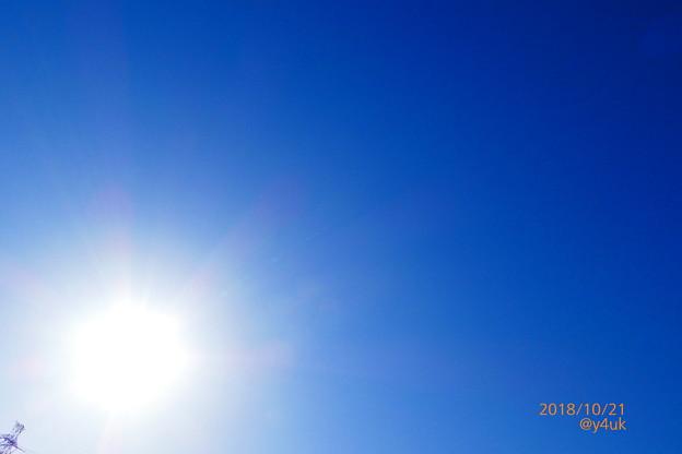 秋晴れキター!──O(≧∇≦)O──♪抜ける青空!攻める太陽!ニヤける鉄塔!君に会えた!blueSky Sunshine Smile Steeltower~クリエイティブ:POP~つばさ飛ぶ多部未華子