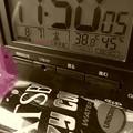 """Photos: 38.8℃45%am8.7最高気温記録更新…過去最高!酷暑(;゜0゜)…夕方に旅出る予定…クレイジークール欠かせないが人気か売っていない…暑さを物語る…危険(クリエイティブモード""""セピア"""":TZ85)"""