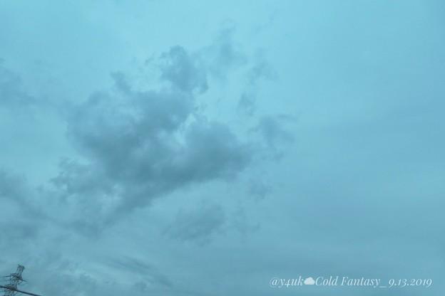 """Photos: 22℃old Fantasy sky with Steel Tower""""13日の金曜日""""~今夏初、肌寒い日夜、早い秋曇り空。一息してね「千葉著名人達のコメ」(クリエイティブ""""ファンタジー"""":TZ85)"""