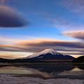 写真: 澄み渡る大気と雲と