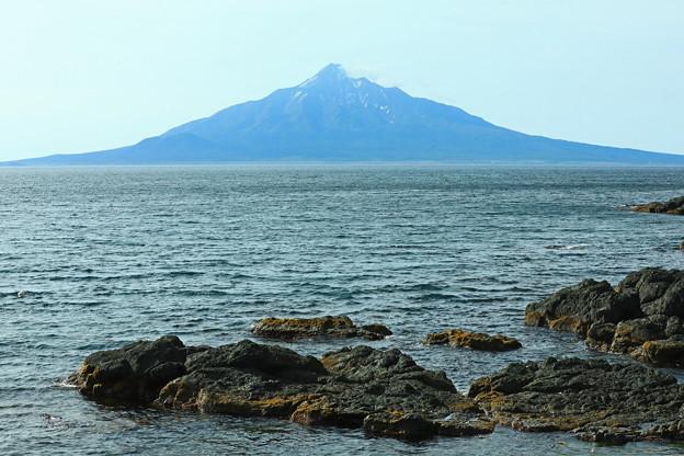 駐車公園付近からの利尻富士