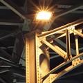 写真: 神田駅の高架下