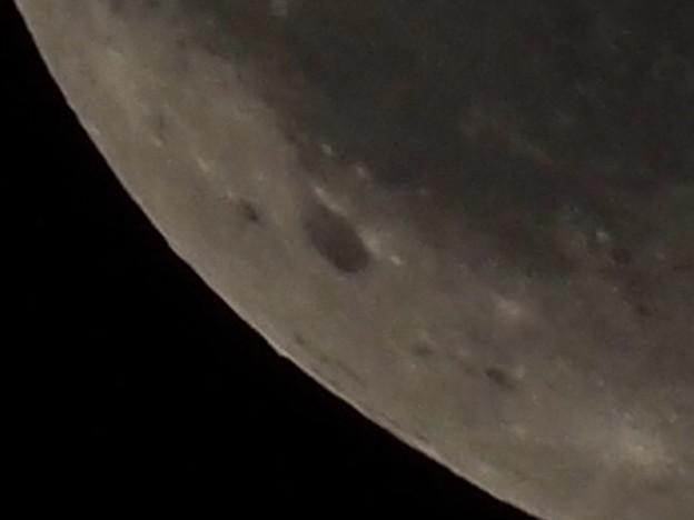 月の拡大写真