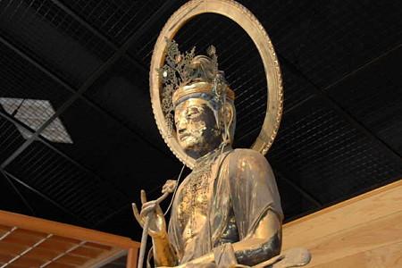 木造文殊菩薩騎師像