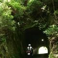 写真: 手掘りトンネル・05