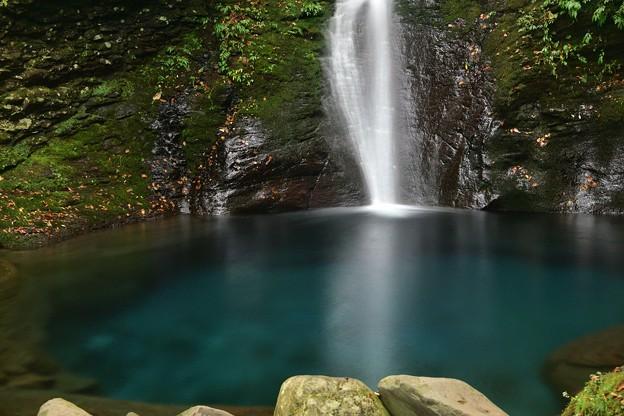 まぼろしの滝・02