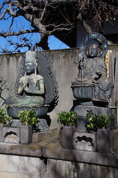 新宿永福寺の大日如来様と地蔵菩薩様