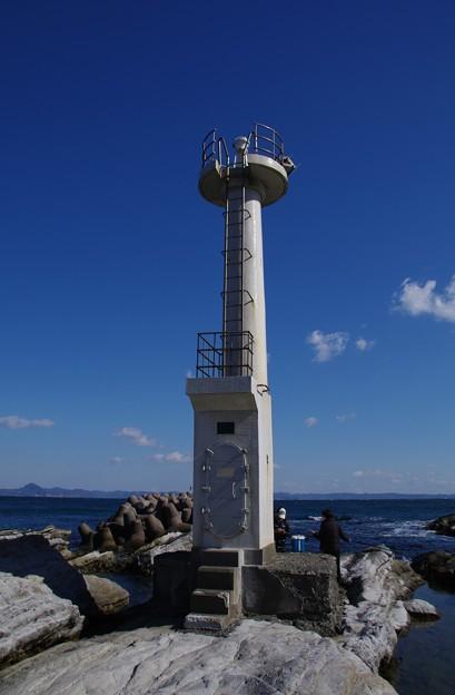 写真: 間口港灯台