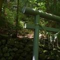 Photos: 白雲の滝の祠