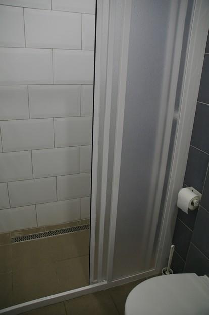 アブソルートシティホステルのシャワー室