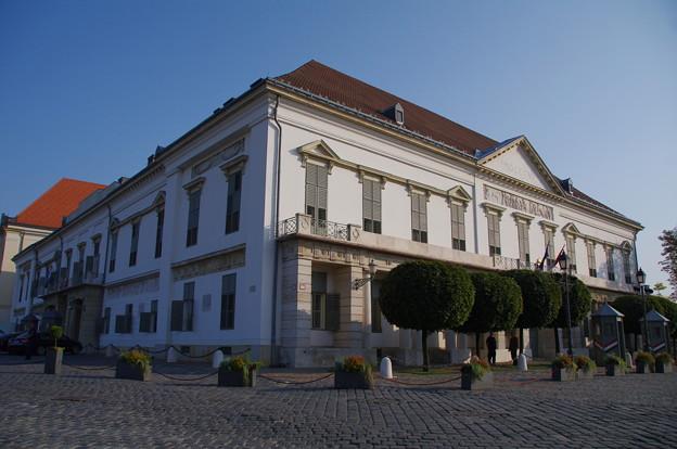 シャンドール宮殿(大統領官邸)