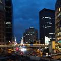 写真: 駅前夜景