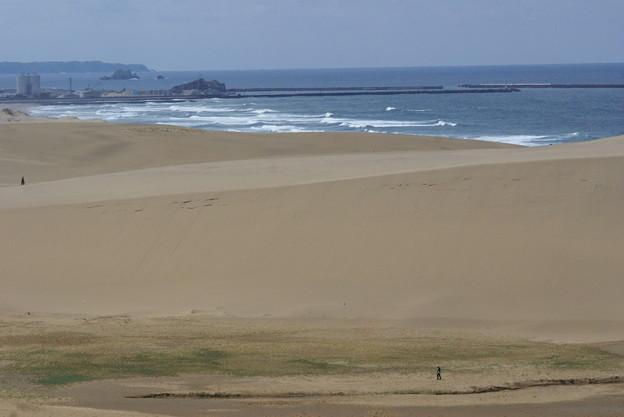 Photos: 砂丘と海