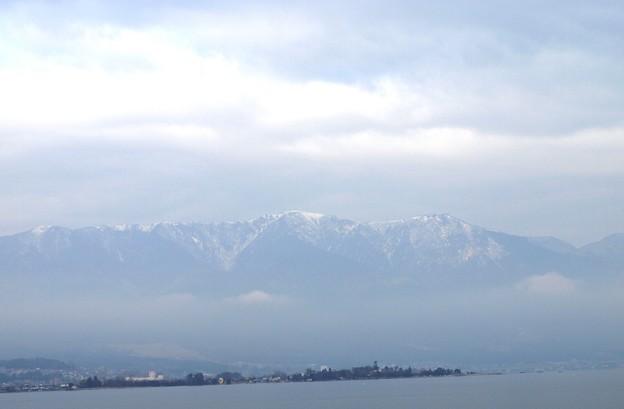 写真: 比叡山冠雪:琵琶湖周遊03