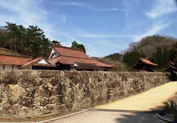 旧閑谷学校:雑草が生えない石垣