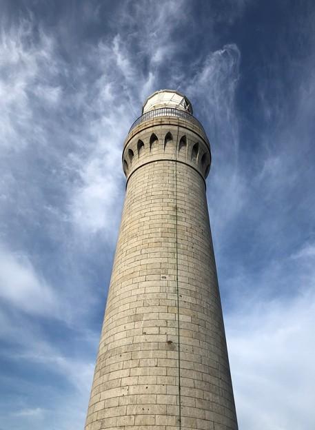 写真: 総御影石造り:角島灯台02