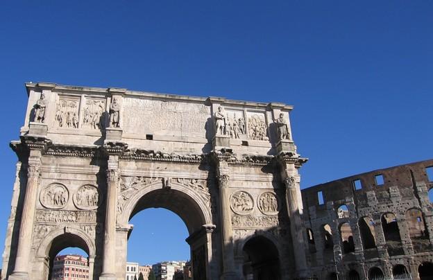 コンスタンティヌスの凱旋門:ローマ11
