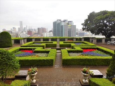 外交官の家 庭園