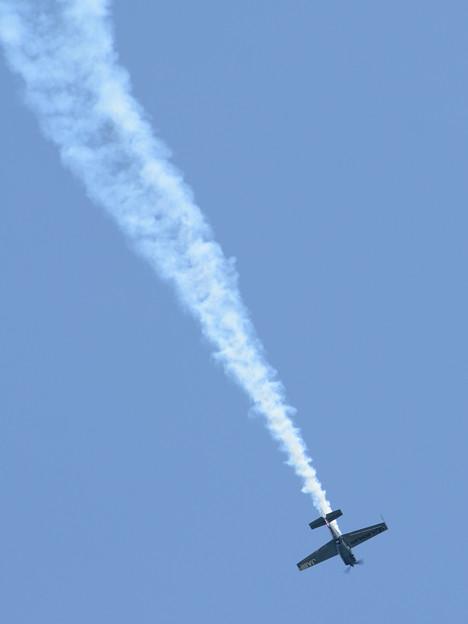 写真: 室谷選手のデモ飛行
