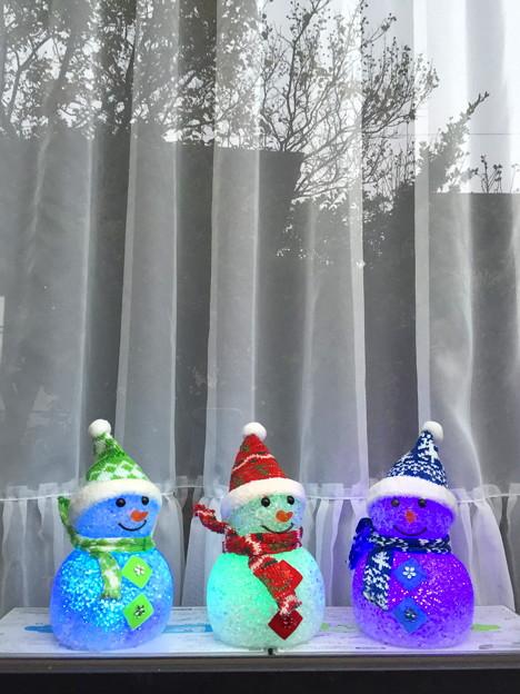 雪だるま三兄弟