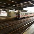 写真: 冷たい雨の秋田駅6