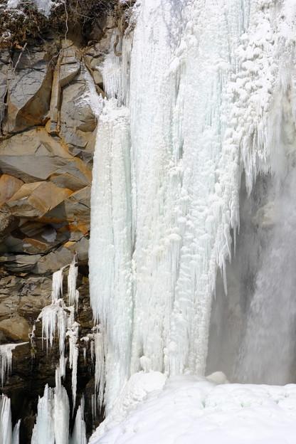 アシリベツの滝の氷瀑2