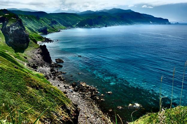 神威岬から神恵内方面の眺望